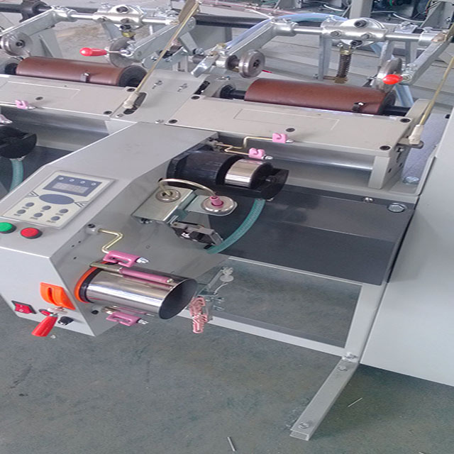 HTTPS://www.feihu-machine.com/img/high_spped_spindle_cnc_yarn_winding_machine_fabric_-54.jpg